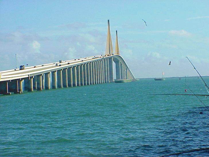 St petersburg florida photos for Skyway bridge fishing pier